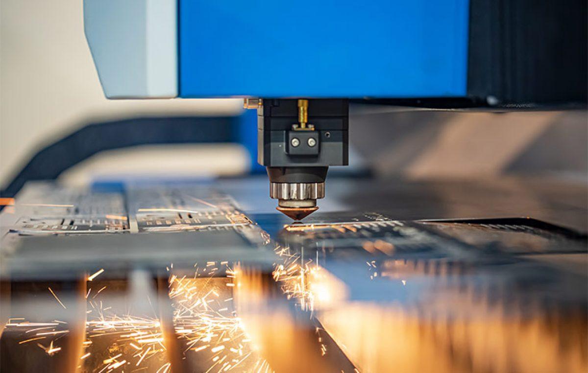 8 Gründe warum immer mehr zum Laserschneiden greifen